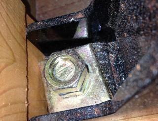 制震装置ナット