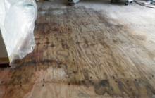 床暖房水漏れ